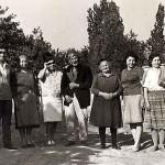 Από αριστερά: Ασλανίδης Θεόδωρος, Ασλανίδου Σοφία, Ασλανίδου Τασούλα, Ασλανίδης Χαράλαμπος, Ασλανίδου Ειρήνη, Ασλανίδου Ελένη, Ασλανίδου Μαρίνα